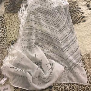 bp Sweaters - Shawl