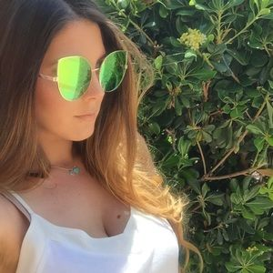 ShopBossyJocey Accessories - Rose Gold Mirrored Oversized Cat Eye Sunglasses