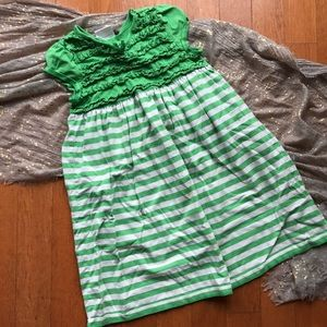 Hanna Andersson Other - Hanna andersson 130 green and white striped dress