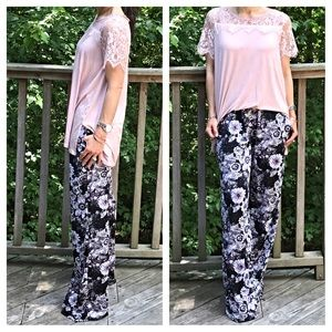 Pants - 🆕 beautiful print wide leg pants