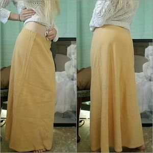 Ribbed 100% Cotton Skirt in French Vanilla  Sz S