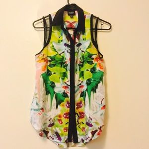 Tropical Print Sleeveless Button Up Blouse