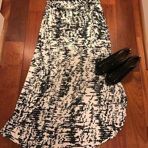 Forever 21 Dresses & Skirts - Forever 21 high-low skirt sz L