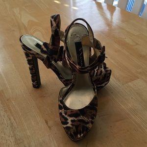 Shoes - Nina heels