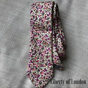 Liberty of London Other - Liberty of London Silk Tie