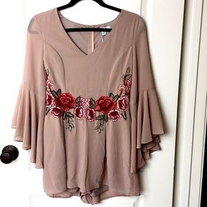 🆕 Bell-Sleeve Rose Embroidered Romper
