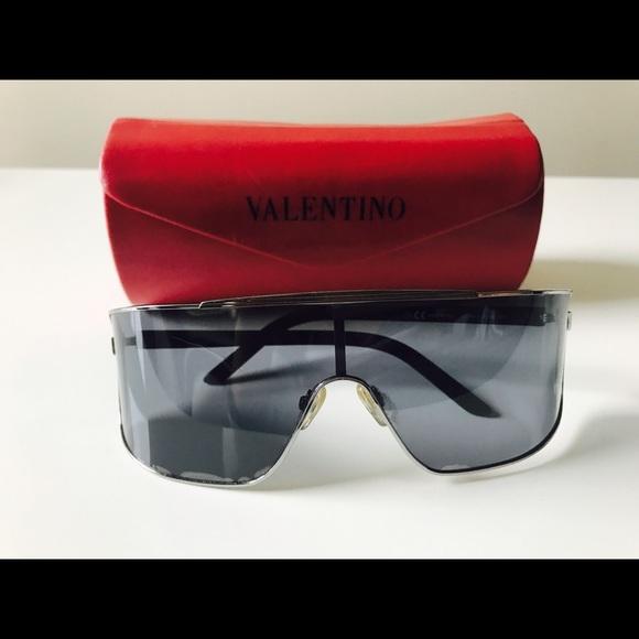 f3ee4a91ca354 VALENTINO 1189/S very rare discounted sunglasses. M_5902686a2fd0b7ccad006ab8
