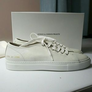 Common Projects Shoes - Common Projects size 9 sneaks