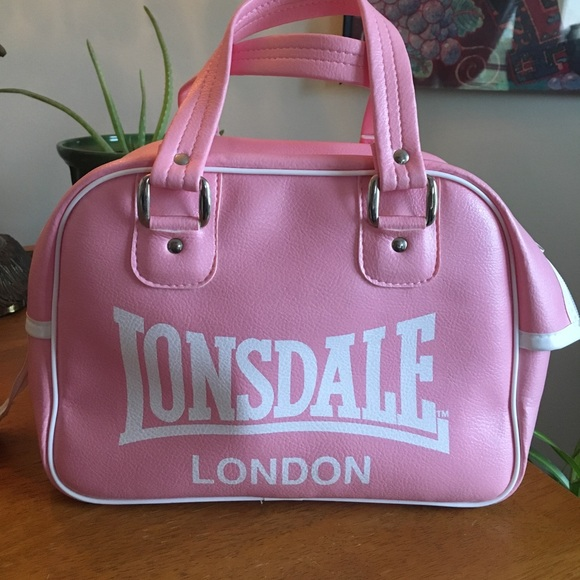 lonsdale Handbags - Pink Lonsdale bowling bag. Barely used! da48563ce835f
