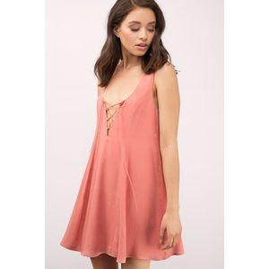 NWT Tobi Peach Flowy Criss-Cross Dress