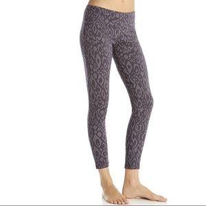 Marika Pants - NWT Marika Nine Iron Jacquard Leggings