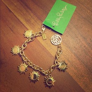 (NWT) Lilly Pulitzer Gold Sun Bracelet