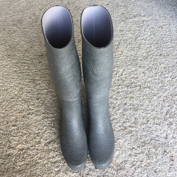 71 off ugg shoes ugg wilshire logo tall rain boots from