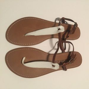 American Eagle by Payless Shoes - Brown and white sandal