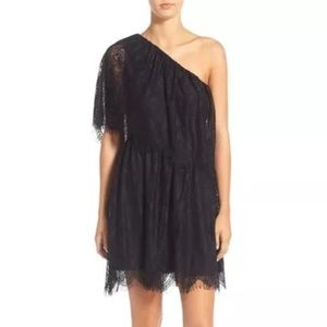 Wayf Dresses & Skirts - Wayf Black lace dress