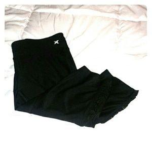 Xersion Pants - 🌟HUGE SALE🌟 NWOT Xersion Capri Leggings