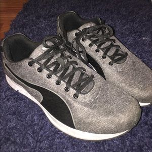 Puma Shoes - Woman's puma athletic sneakers