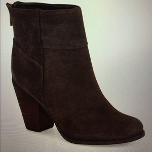 Arturo Chiang Shoes - Never worn, Hadley Bootie by Arturo Chiang