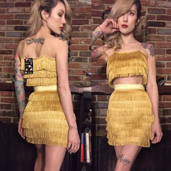 4a4c6f2a842669 O-Mighty Goldilocks fringe set in champagne gold