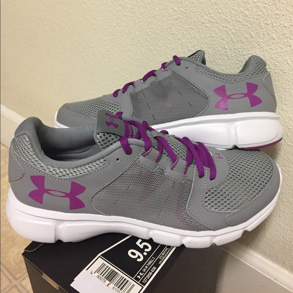 timeless design 55d61 57374 UNDER ARMOUR THRILL 2 (9.5) WOMENS SHOES NWT