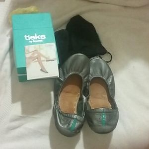 Tieks Shoes - Authentic Metallic Pewter Tiek flats!!