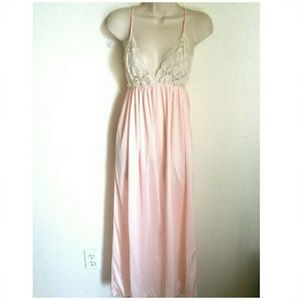 Vintage Other - 🌻70s Long Lacey Pink Nightgown