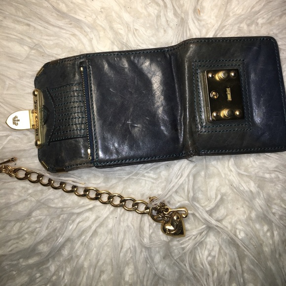 Juicy Couture Bags - Juicy Couture genuine leather wallet
