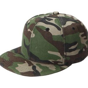 DARLING Other - 🆕 UNSEX GRAY OR ARMY GREEN CAMOUFLAGE CAP