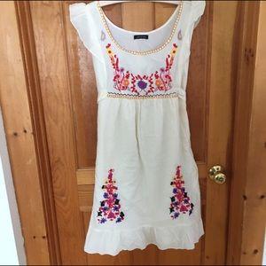 Sam & Max Dresses & Skirts - Boho Sam & Max Embroidered Dress