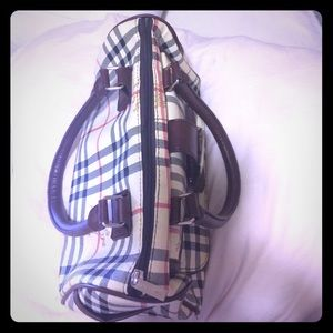 other Handbags - Burberry Style Purse