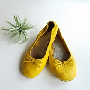 Mini Boden Other - MINI BODEN Leather Flats Size 38/6