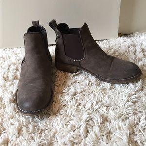 Steve Madden ankle boot