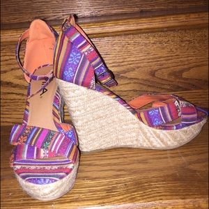 MIA Shoes - NWOT MIA Aztec Pattern Strappy Wedges