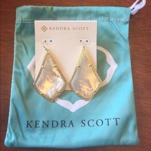 "KENDRA SCOTT Earrings ""Ivory Pearl"" -Brand New"