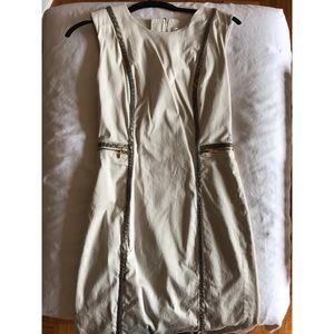 Calvin Klein Dresses & Skirts - Calvin Klein cream shift dress size 2