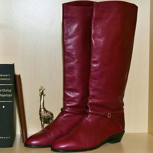 Cassis Shoes - Vintage Cassis Red Leather Boots ~ 8.5