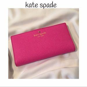 ♠️ kate spade wallet. Vivid snapdragon pink color!