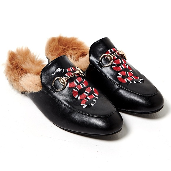 eb3f45e8e Snake embroidered fur loafer size 6. M_590378426d64bc4ecc00b867