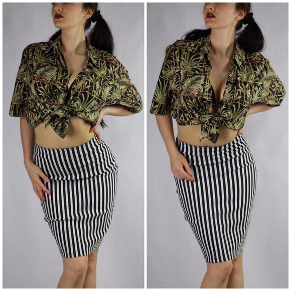 4e6d1f8e78 Black and White Striped Cotton Pencil Skirt. M_597eadb1a88e7d1efc0ecb5f