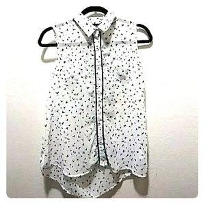 """Semi-sheer hi-low sleeveless """"sparrow"""" blouse!"""