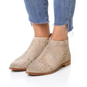 Free People Shoes - 🚨🚨Free People Aquarian ankle bootie🚨🚨