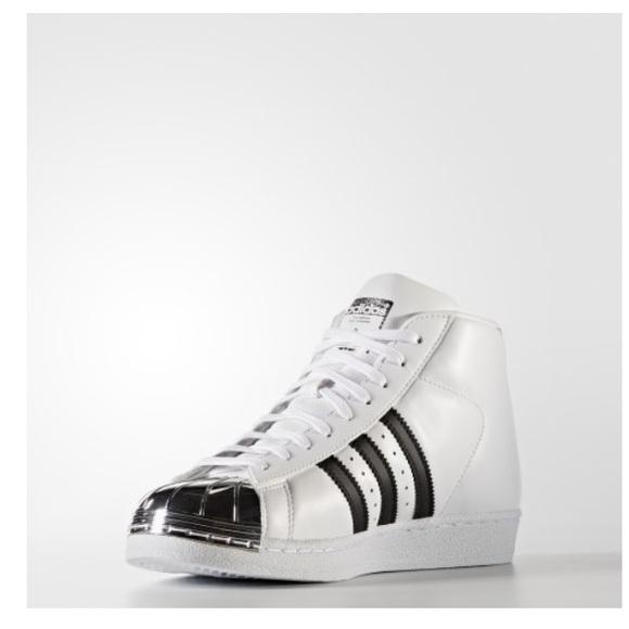 Adidas zapatos  mujer promodel metal Toe zapatilla poshmark