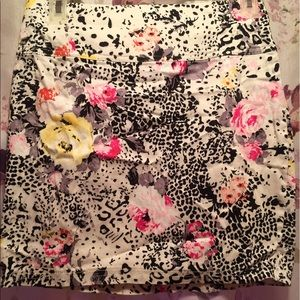 Forever21 a line floral skirt
