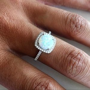 Jewelry - ❤️TOP SELLER❤️ Silver White Lab Opal With CZ Ring