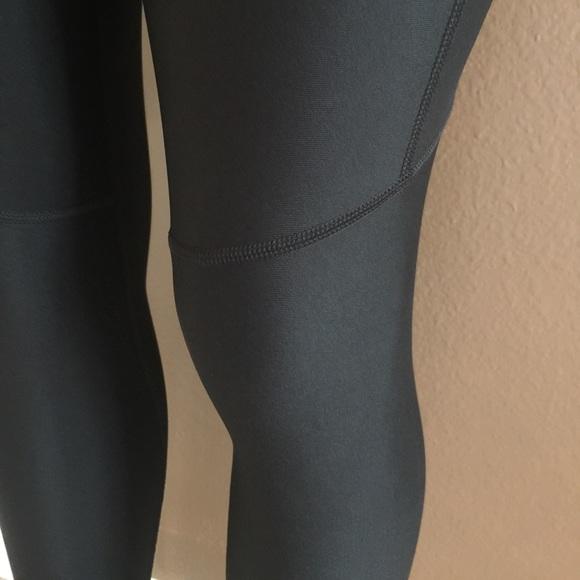 Brilliant Under Armour Women39s Ultra 4in Compression Shorts  Sun And Ski Sports