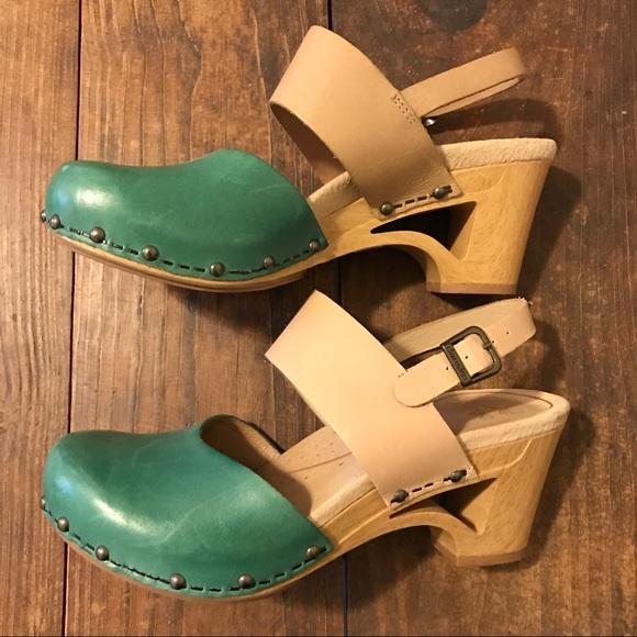 Dansko Shoes | Rare Color Dansko Thea