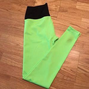 Mika Yoga Wear Pants - Mika Yoga High Waisted Kaya leggings