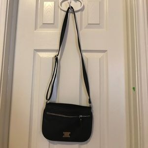 Style & Co Handbags - Styles & Co Black Hipster