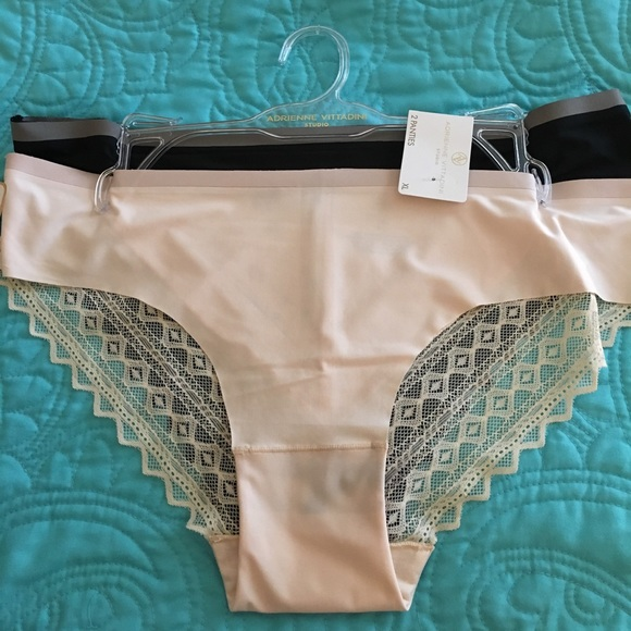 NWT Adrienne Vittadini 2 pack lace detail panties cf024190f