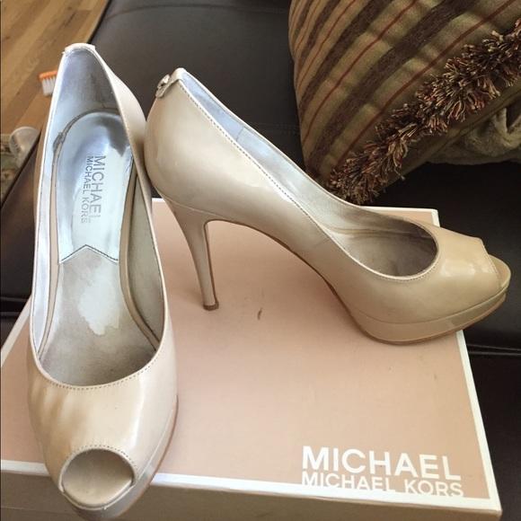 f37954bada9 MICHAEL Michael Kors Shoes